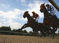 Apuesta de caballos en Doncaster 3:35, 29 de abril