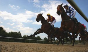 APUESTAS CARRERAS DE CABALLOS FLAT HORSE RACING UK BETTING BETS